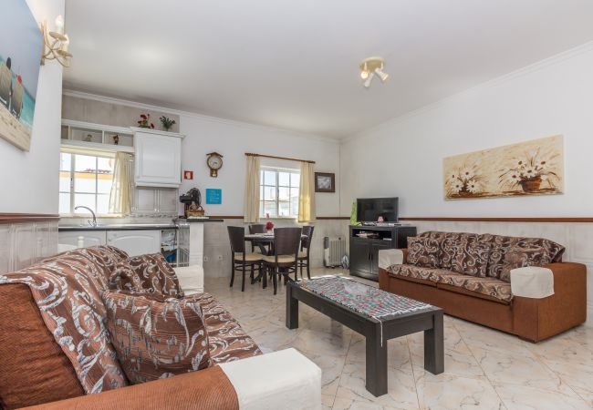 Apartamento em Manta Rota - 9T2