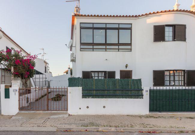 Apartment in Manta Rota - 19T2