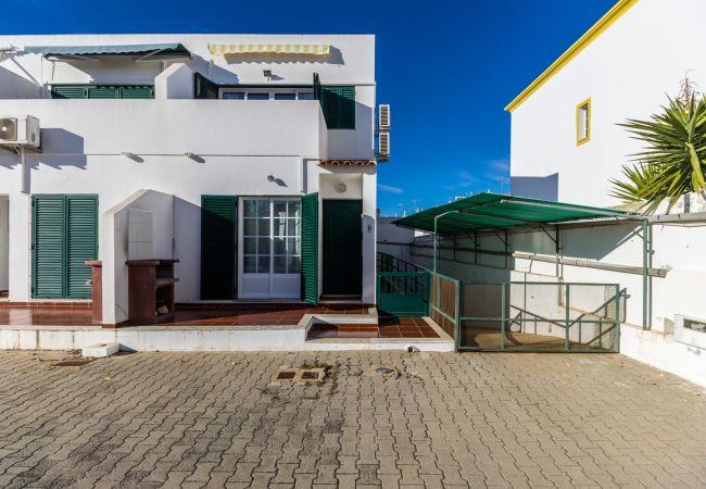 Apartment in Manta Rota - 24T2