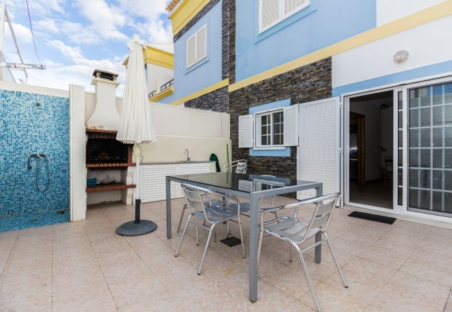 Townhouse in Manta Rota - 10V4