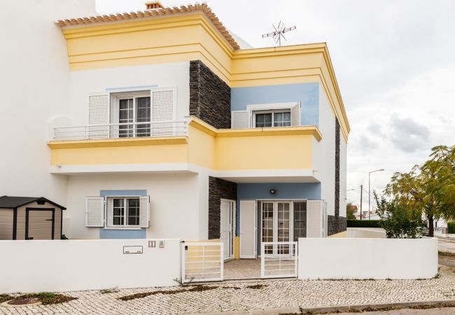 Townhouse in Manta Rota - 34V3